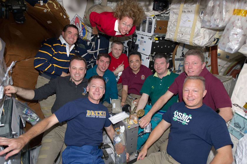STS-135 meal