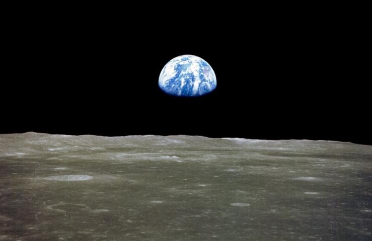 apollo-earth-from-moon